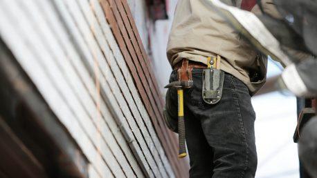 construction-worker-569149_1920